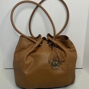 Michael Kors Astor hobo in luggage and hold